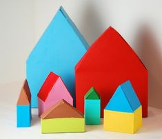 Casitas con cajas de cereales - Bella Dia cereal box houses painted