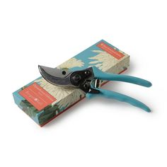Burgon & Ball Chrysanthemum Bypass Secateurs | Prezola - The Wedding Gift List