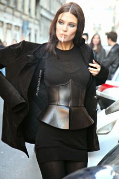 how good is that corset? #BiancaBalti throwing some stunning around #offduty in Milan.