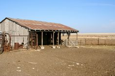 Picture of Rural horse stall in South Dakota   PlanetWare