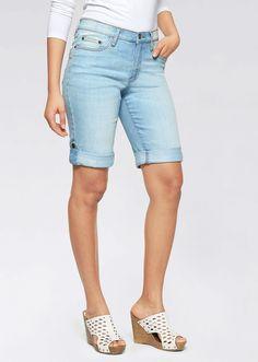 Stretch-Jeans-Shorts lightblue bleached - John Baner JEANSWEAR jetzt im Online Shop von bonprix.de ab ? 19,99 bestellen. Im klassischen 5-Pocket-Stil, Saum ...