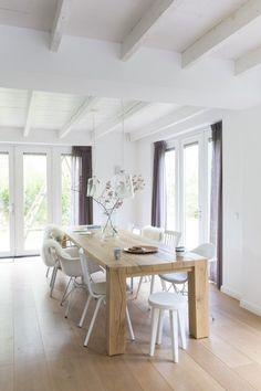 Vicky's Home: Antiguo granero convertido en una moderna casa / Old barn turned into a modern family home
