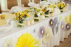 декор свадьбы в серо-желтом