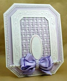 Bilderesultat for classic weaving Sue Wilson die card ideas Card Weaving, Paper Weaving, 3d Cards, Stampin Up Cards, Spellbinders Cards, Sue Wilson, Diy Crafts For Gifts, Paper Crafts, Scrapbook Cards