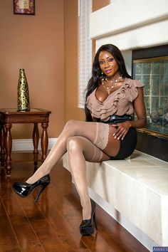Milf's in lingerie — Diamond Jackson cream lingerie Black Girls, Black Women, Sexy Older Women, Sexy Women, Nylons, Pin Up, Diamond Jackson, Asian Lingerie, Tights