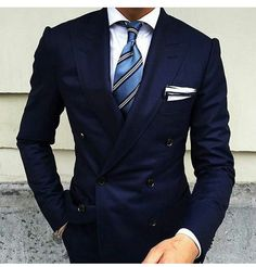 How to Wear a Navy Double Breasted Blazer For Men looks & outfits) Gentleman Mode, Gentleman Style, Mode Masculine, Mens Fashion Suits, Mens Suits, Men's Fashion, Fashion Trends, Lifestyle Fashion, Fashion 2020