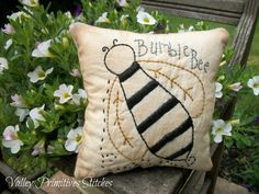 Primitive Bumble Bee Pillow Tuck Hand Stitched by valleyprimitives, $8.00