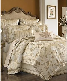 http://www1.macys.com/shop/bed-bath/bedding-collections/Pageindex/5?id=7502