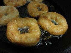 Дрожжевые оладьи и пончики (пышки)