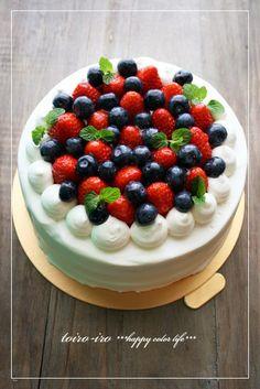 トイロイロ ***happy color life***-ベリーベリーのデコレーションケーキ