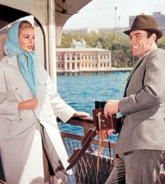Daniela Bianchi with Connery in From Russia with Love, 1963 James Bond Actors, James Bond Books, James Bond Movies, Sean Connery Bond, Bond Cars, With Love, Classic Movies, Good Movies, Hollywood