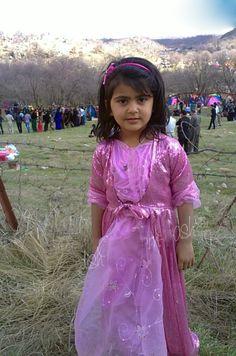 kurdish girl clothing