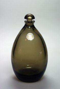 Glass Design, Carafe, Finland, Glass Art, Perfume Bottles, Vase, Programming, Beautiful, Inspiration
