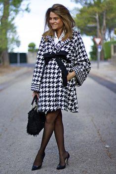 Oh My Looks by Silvia - Abrigo Vikna #patadegallo #houndstooth #abrigo #abrigopatadegallo #aw15 #modaotoño #modainvierno #otoñoinvierno2015 #autumnfashion #coat #houndstoothcoat #black&white www.rosalitamcgee.com