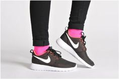Baskets Wmns Nike Roshe One Nike vue portées chaussures