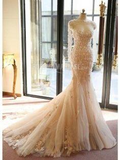 Col en coeur robe de mariée sirène avec boléro en dentelle fleur pas cher