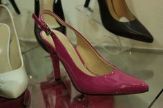 Renetti NIVEL 2 Bolsos, billeteras, zapatos para dama.