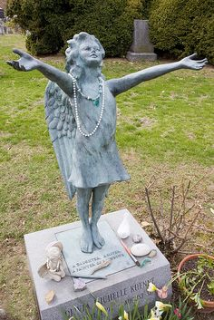 "Gravestone for Olivia M. Kuenne who is ""Painter of Rainbows."" Princeton Cemetery, New Jersey Cemetery Monuments, Cemetery Statues, Cemetery Headstones, Old Cemeteries, Cemetery Art, Angel Statues, Graveyards, Unusual Headstones, Witches"
