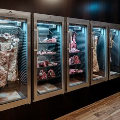 #dryager #superiorbeef #dryaged #dry #aged #cabinet #refrigator #beef #beefporn #beeflove #steak #steakporn #steaklove #meat #meatporn #meatlove #butcher #butchery #food #foodie #restaurant #bbq #barbeque #design #interior #interiordesign #interiordesigners
