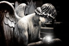 Angel Statue (Miracle) by Tiquetonne2067, via Flickr