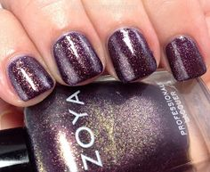 Zoya Sansa swatch and review. A nail polish named after one of my fave GOT characters. Love it!