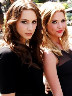 Troian Bellisario ( Spencer Hastings ), and Ashley Benson ( Hanna Marin ) - Pretty Little Liars #PLL
