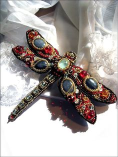 Beaded dragonfly brooch Tizia by MadameElegant