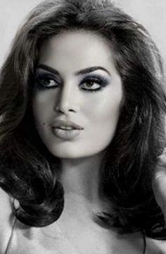 Vintage Glamour, Vintage Girls, Vintage Beauty, 60s Makeup, Hair Makeup, Classic Beauty, Timeless Beauty, Seductive Eyes, Egyptian Actress