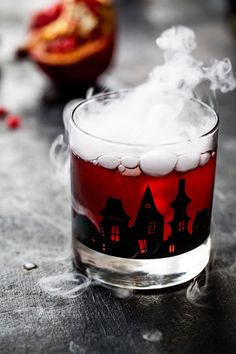I'm chatting about capturing these spooky Halloween cocktails! If you love photographing food (or cocktails), this is the post for you! Sponsored by Adobe Lightroom.