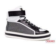 sergio rossi Totem系列高筒休閒鞋。3萬800元