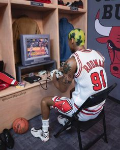 Basketball Art, Basketball Pictures, Basketball Legends, Basketball Players, Nba Pictures, Cool Pictures, Princesa Disney Frozen, Michael Jordan Pictures, Rapper Wallpaper Iphone