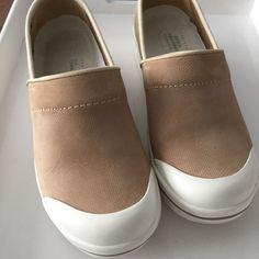 Dansko Sanibel Collection Volley Sand Beige Canvas Shoes Size 38 7.5 8 Clogs  #Dansko #Clogs
