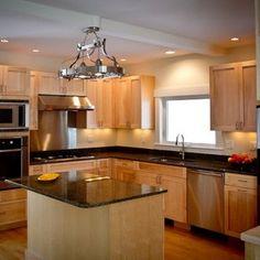 Google Image Result for http://www.cmstatic1.com/8988/c/white-maple-kitchen-lancaster-nh--MjkyLTg5ODguMzg1MjM%3D.jpg