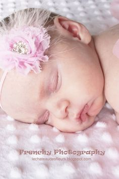 """Isabelle Thornton"" Le Chateau des Fleurs: Frenchy photography, newborn pictures of Soleil at 9 days new"