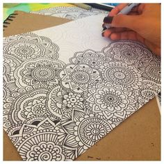 zentangle art * zentangle art ` zentangle art beginners ` zentangle art patterns ` zentangle art mandalas ` zentangle art artwork ` zentangle art ideas ` zentangle art beginners step by step ` zentangle art colorful Dibujos Zentangle Art, Zentangle Drawings, Zentangle Patterns, Doodle Drawings, Sharpie Drawings, Doodle Patterns, Art Patterns, Zentangles, Mandala Art Lesson