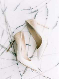 Gold ombre pumps: Photography: Hunter Ryan - http://hunterryanphoto.com/