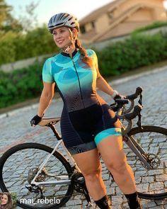 Beautiful Arab Women, Amazing Women, Female Cyclist, Cycling Girls, Bicycle Girl, Ted, Biker Girl, Athletic Women, Fitness Women