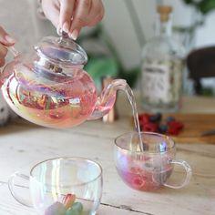 Cute Tea Cups, Tea Pot Set, Coffee Cup Set, Coffee Tumbler, Glass Tea Cups, Glass Teapot, Tea Cocktails, Afternoon Tea Parties, Tea Brands