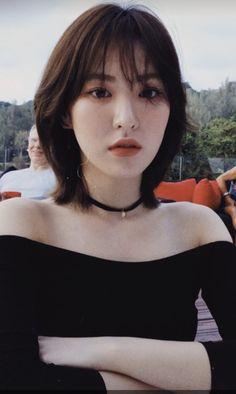 Shot Hair Styles, Curly Hair Styles, Hair Inspo, Hair Inspiration, Korean Short Hair, Wendy Red Velvet, Corte Y Color, Girl Short Hair, Ulzzang Girl