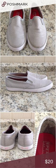 🌴NEW LISTING🌴 Sperry Top Sider Seaside Slip On Silver. Size 2M. (12/22) Sperry Top-Sider Shoes Sneakers