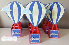 Centro de mesa balão, feito em scrap.    Faço em outras cores e estampas.    Medidas:  27cm de altura (balão + cesto)  6,7cm nas laterais do cesto. R$ 16,50