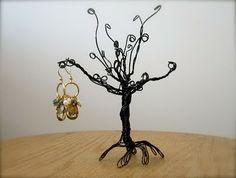 DIY wire tree holder