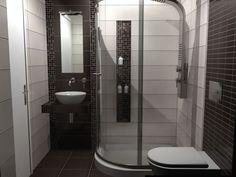 Καμπίνα μπάνιου  με διάσταση 110 x 80 cm