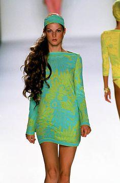 Michael Kors | Spring 2000 Ready-to-Wear | 106 Blue/green floral long sleeve mini dress