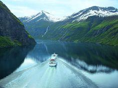 Das Kreuzfahrtunternehmen AIDA Cruises hat für die Sommersaison 2016 auf Grund der großen Nachfrage weitere Highlightrouten zu den beliebtesten Destinationen in Nordeuropa im Angebot. AIDAaura wird...