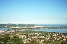 Os mirantes de Florianópolis são encantadores. De lá é possível ter uma visão panorâmica das dunas, e de praias como: Campeche, Joaquina, Mole e muitas outras!!!  www.marolacomcarambola.com.br/mirantes-florianopolis
