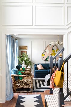 Living Room Ideas Bright Decor Ideas For 2019 Foyer Decorating, Interior Decorating, Rental Decorating, Decorating Ideas, Formal Living Rooms, Living Spaces, Living Room Designs, Living Room Decor, Bright Decor
