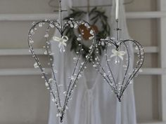 this would be soo gorgeous w/little lights!?
