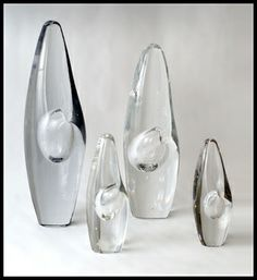 """Orkidea"" hand blown glass sculptural vessel in clear glass, c. 1960s."