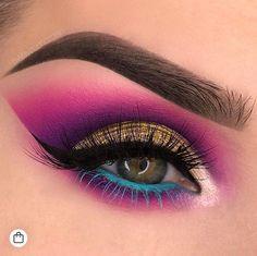 Make Up; Make Up Looks; Make Up Augen; Make Up Prom;Make Up Face;Lip Makeup;Eyeliner, Mascara Source by Eye Makeup Blue, Heavy Makeup, Makeup Eye Looks, Beautiful Eye Makeup, Colorful Eye Makeup, Eye Makeup Art, Smokey Eye Makeup, Cute Makeup, Eyeshadow Makeup